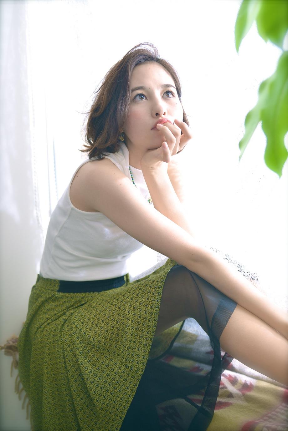 希子 ボブ ワンレン 長谷川潤 大人 ナチュラル アッシュ ラベンダー 人気 流行